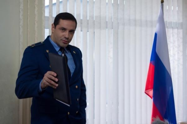 На фото: актер Александр Никитин во время съемок фильма «Останьтесь навсегда»