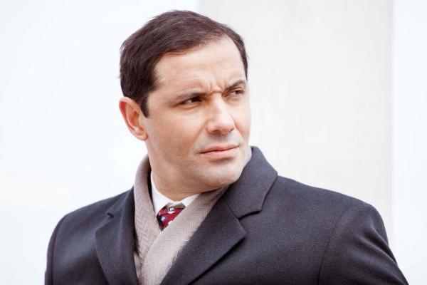 На фото: актер Александр Никитин