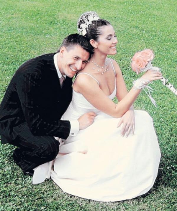На фото: Свадьба Устюгова и Соколовской