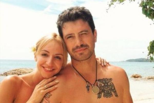 На фото: Алексей Анищенко с женой