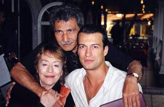 С Анни Жирардо