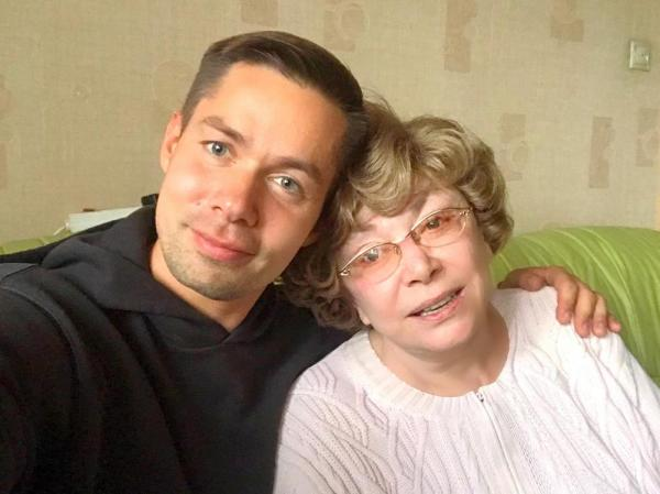 На фото: Эдита Пьеха с внуком Стасом