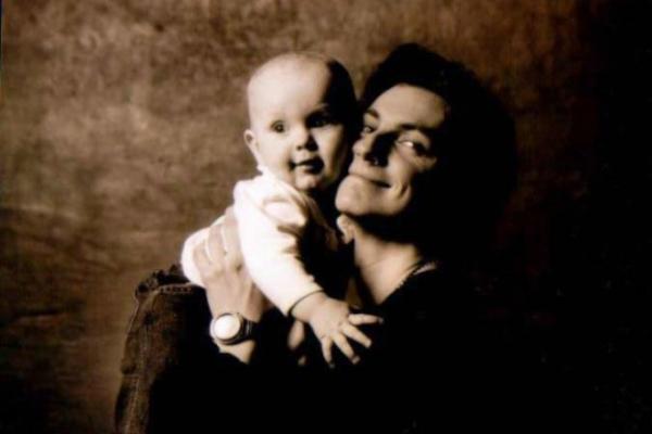 На фото: актер Илья Бледный и его сын Даниил
