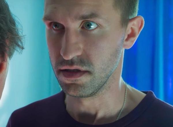На фото: Иван в комедии «Человек из будущего»
