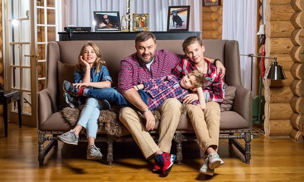 Михаил Пореченков и его дети от третьего брака
