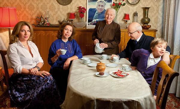 Надежда Юрьевна с семьей дочери Елены