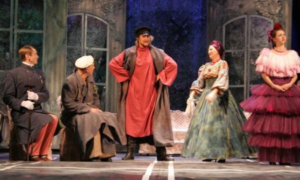 Руслан Чернецкий на театральной сцене