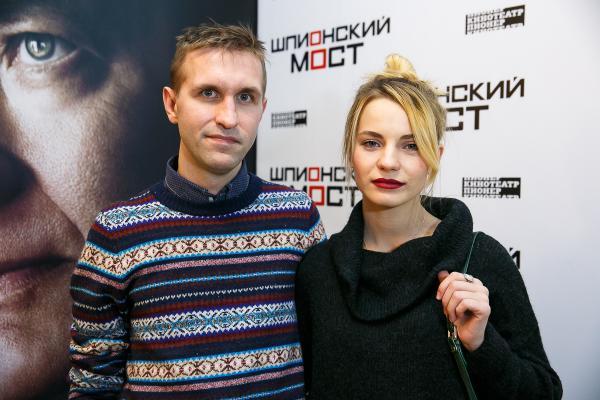 На фото: Иван Добронравов с женой