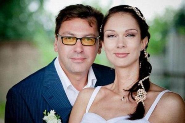 На фото: Михаил Мукасей с женой Екатериной Гамовой
