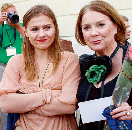 Лариса и Мария Голубкины