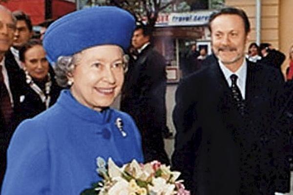 Елизавета II и Юрий Соломин